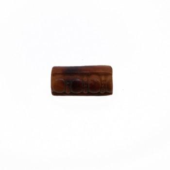 Particolare in resina c/foro mm. 25x15 circa