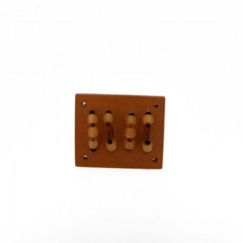 Rettangolo in legno mm 44x37 c/lavorazioni (nangka wood)