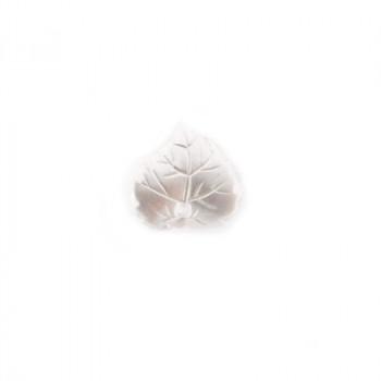 Fiore in plastica color perla con foro