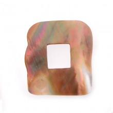 Quadrato irregolare in conchiglia mm 30x30 circa (brown lip shell)