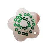 Fiore in conchiglia con 2 fori e paillettes verde circa cm 3.5