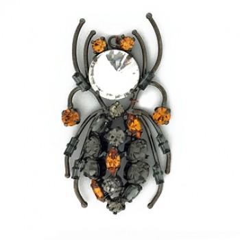 Accessorio insetto pendente con strass 70 mm