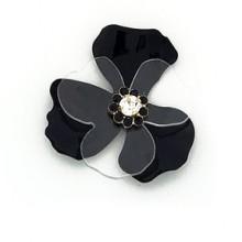 Fiore in metallo verniciato e plexi con strass al centro 5 cm circa